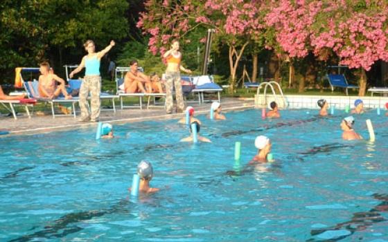 Piscina club giardino carpi - Vendita piscine carpi ...