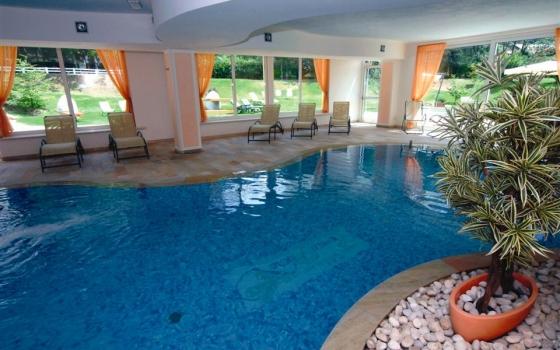 Nuotare in piscina in trentino alto adige - Piscina rovereto ...