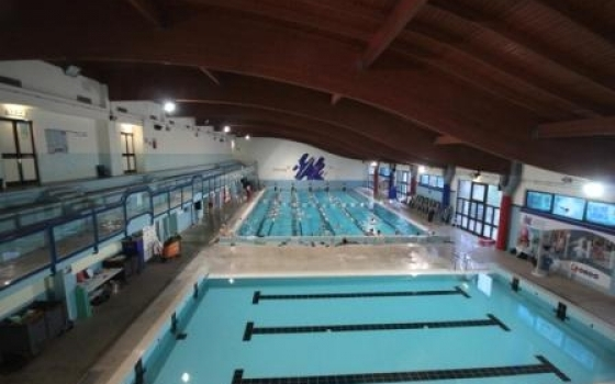 Piscina centro sportivo ninfea castiglione del lago for Piscina universitaria