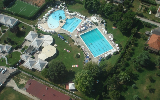 Piscina acqua e company piscine di bra - Alzano lombardo piscina ...