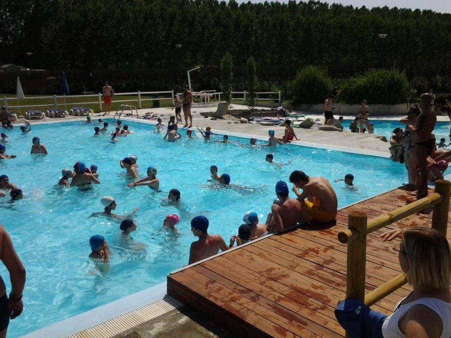 Piscina acqua company piscine di piobesi d alba - Acqua orecchie piscina ...