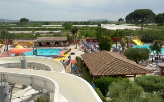 Parco acquatico free time acquapark napoli for Piscina a napoli
