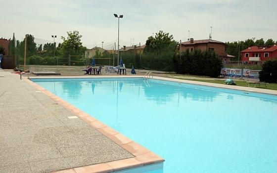 Piscina Comunale Ferrara.Piscina Kleb Sport City Ferrara