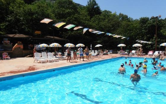 Nuotare in piscina in provincia di benevento for Piscina la selva