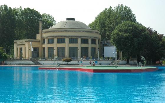 Nuotare in piscina - Piscina argelati milano ...