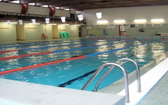 piscina cavina bologna