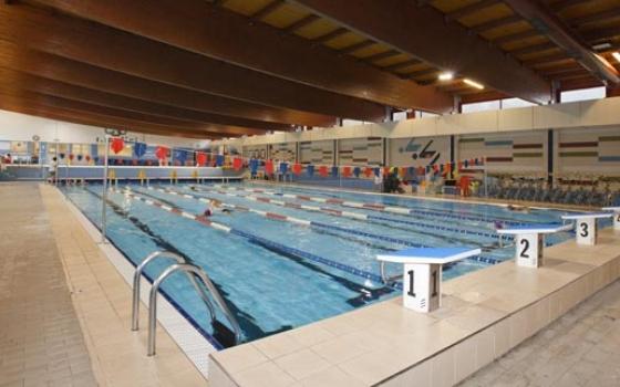 Piscina centro sportivo casnigo casnigo - Piscina alzano lombardo ...
