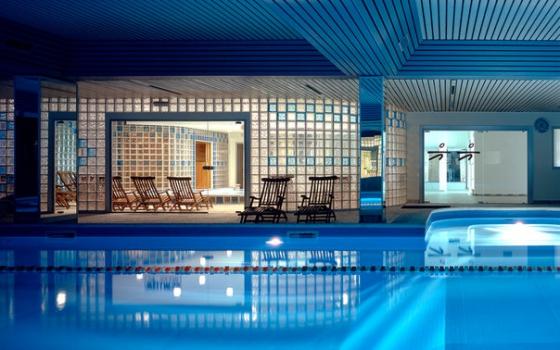 Nuotare in piscina in provincia di milano - Piscina san carlo milano ...