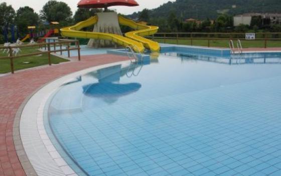 Nuotare in piscina in veneto - Piscine di rosa ...
