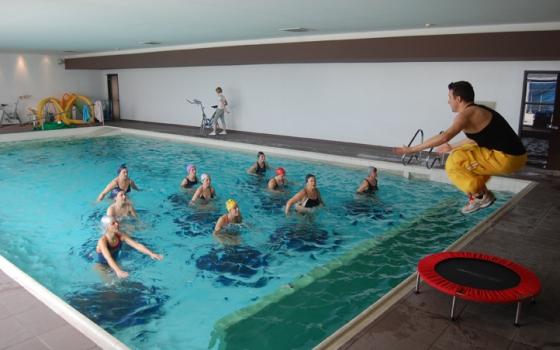 piscina hidron campi bisenzio