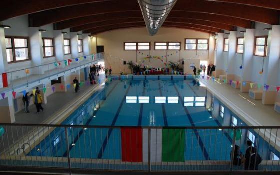 Nuotare in piscina in calabria for Piscina olimpionica crotone