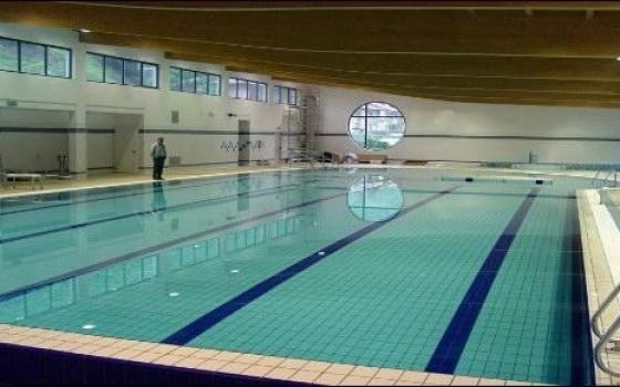 piscina comunale amendola roma