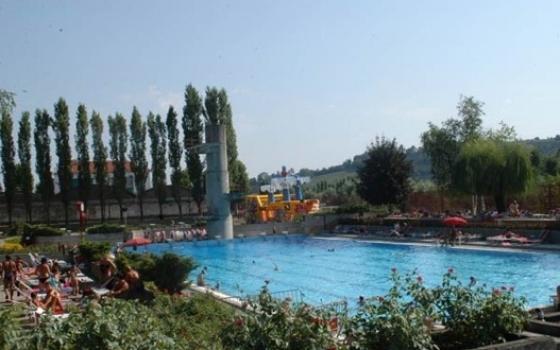 piscina comunale asti