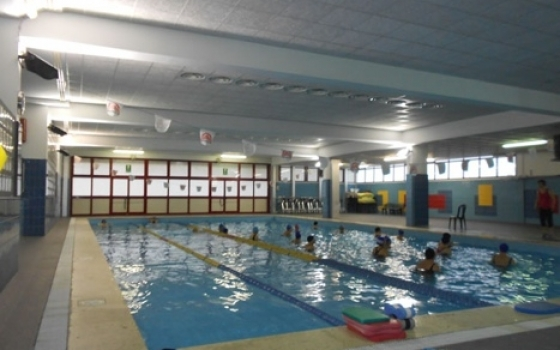 La piscina crawl 2000 roma for Piscina roma