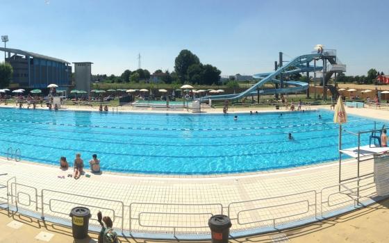 Piscine di viadana viadana - Corsie per piscine ...